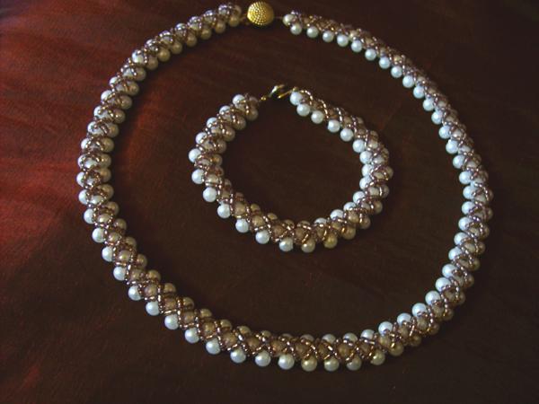 как сделать ожерелье из бисера.