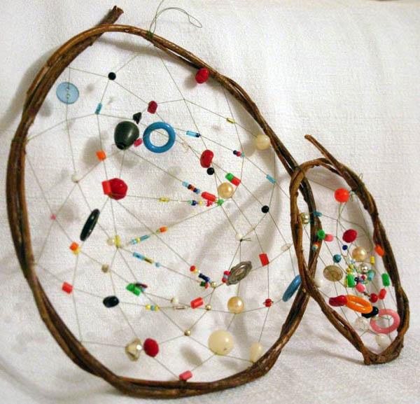 Фигурки из бисера - поделки для детей, схемы.