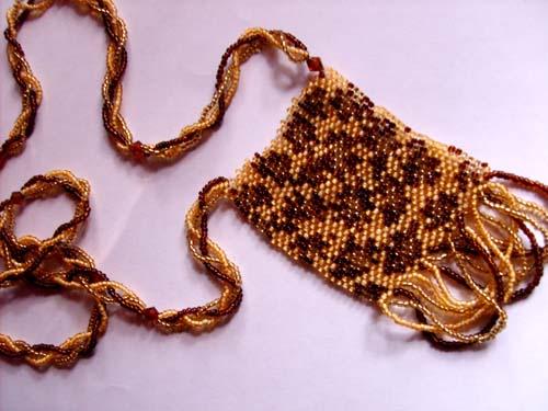 Медальон из бисера «Леопард»